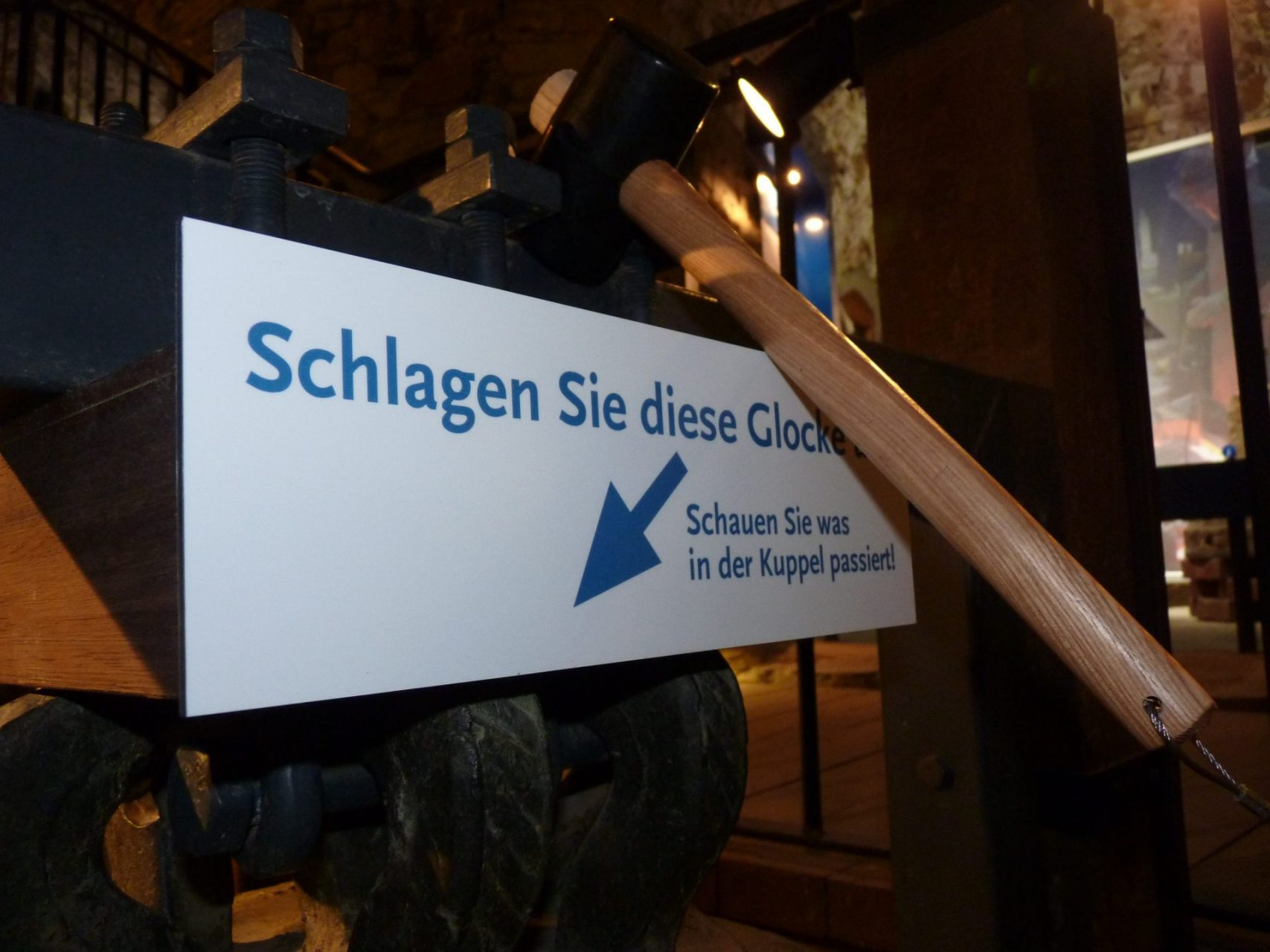 Glocken-Hammer